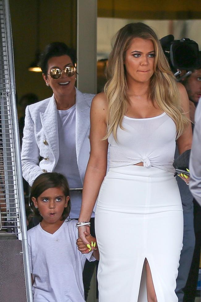 Khloé Kardashian, Kris Jenner et Mason à Agoura Hills le 21 juillet 2015