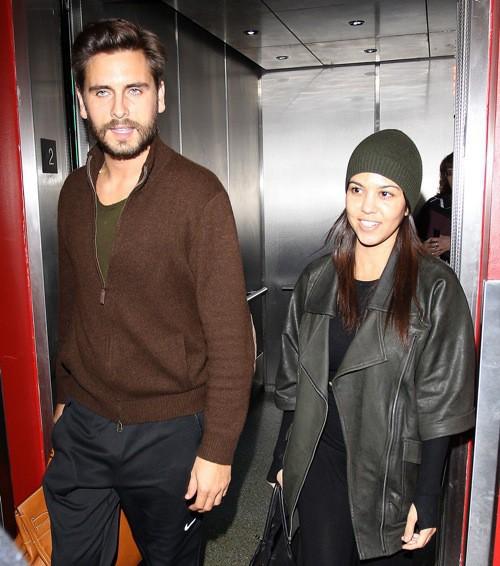 Photos : Kourtney Kardashian : découvrez-la sans maquillage !