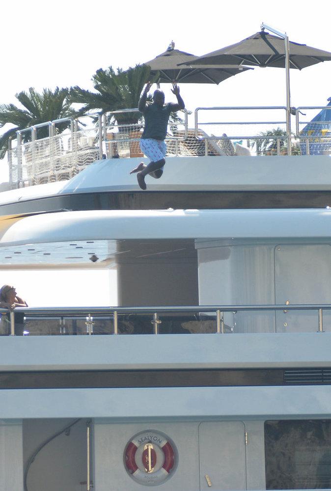 Kourtney Kardashian en vacances en Italie avec ses enfants et sa mère Kris Jenner