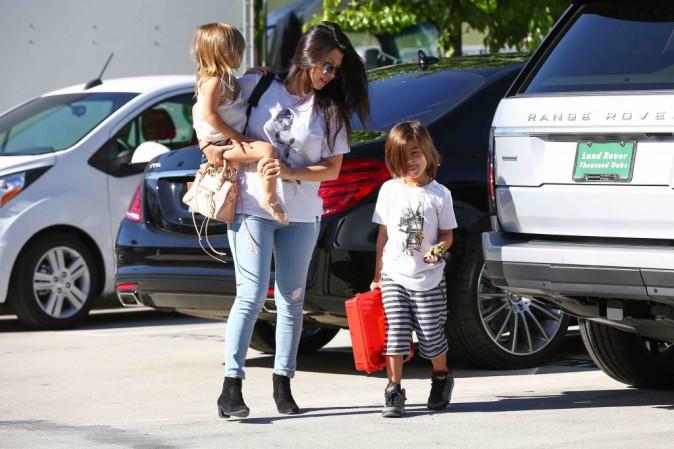 Kourtney Kardashian : elle rejoint Kim et North avec ses enfants pour un cours de danse !