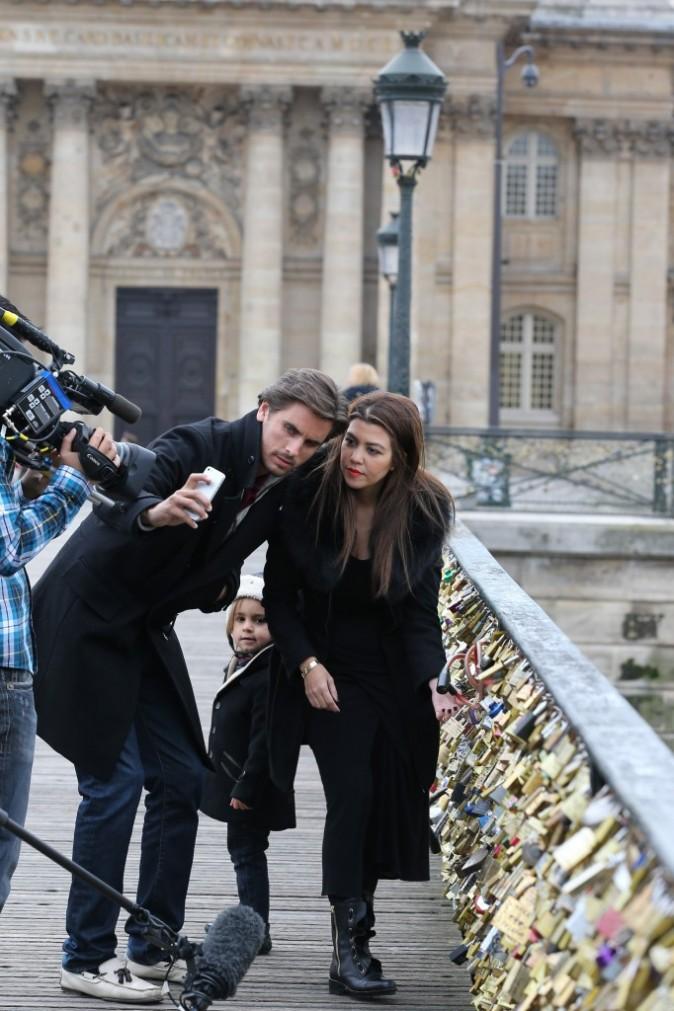 Kourtney Kardashian, Scott Disick et Mason, Paris, 12 novembre 2012.