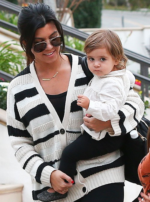 Kourtney Kardashian et son adorable Penelope à Los Angeles le 26 janvier 2014