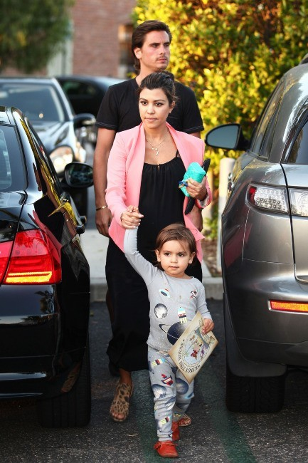 Kourtney Kardashian en famille à Los Angeles, le 28 mai 2012.