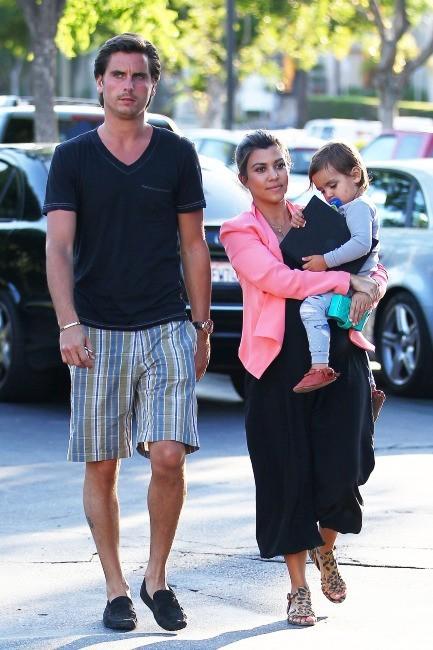 Kourtney Kardashian en famille à Los Angeles, le 28 mai 2012.