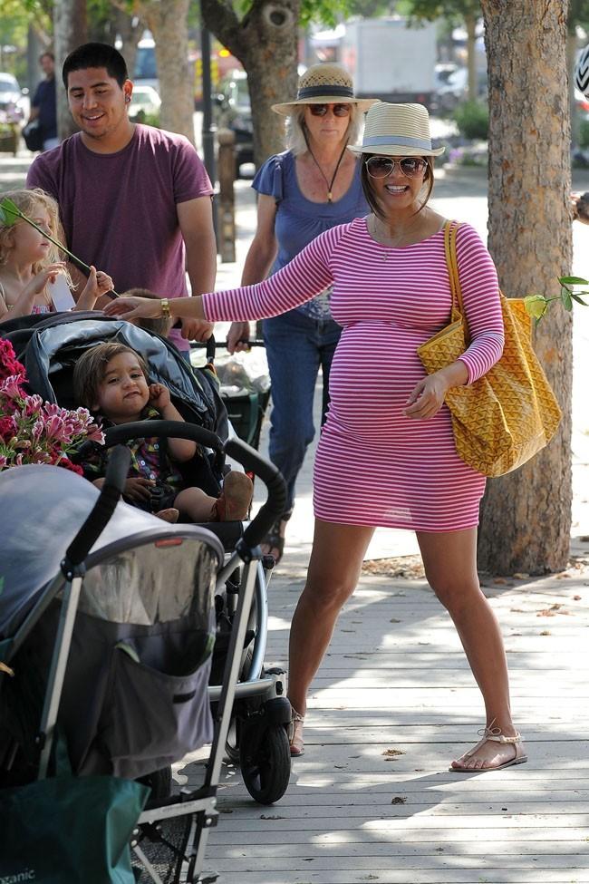 Kourtney Kardashian le 19 mai 2012 à Los Angeles
