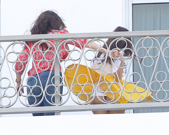 Khloe et Kourtney Kardashian le 11 octobre 2012 à Miami