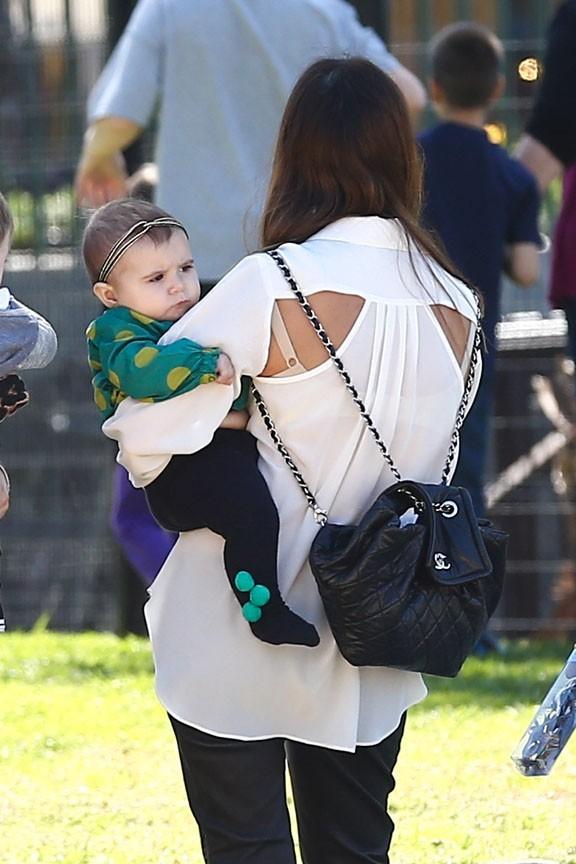 Kourtney Kardashian en famille dans un zoo de Los Angeles le 10 mars 2013