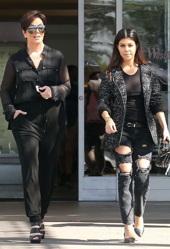 Kris Jenner et Kourtney Kardashian à Los Angeles le 10 mars 2014