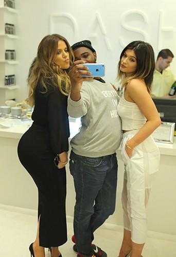 Khloé Kardashian et Kylie Jenner à Miami le 12 mars 2014