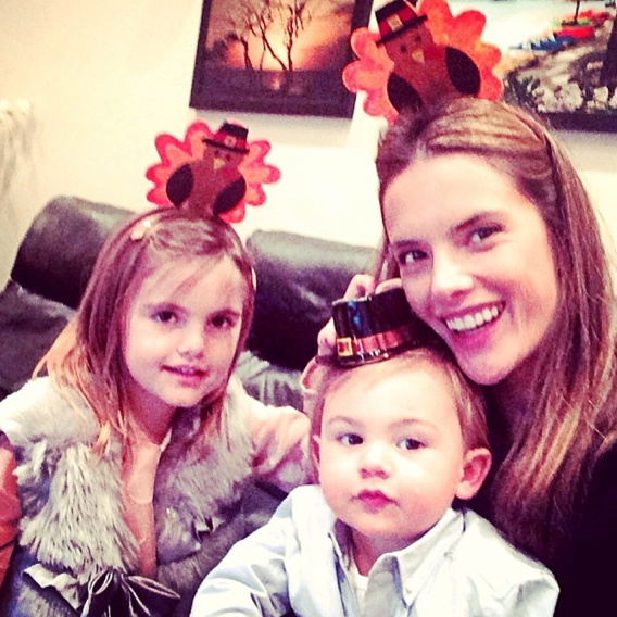 Alessandra Ambrosio avec Anja et Noah !