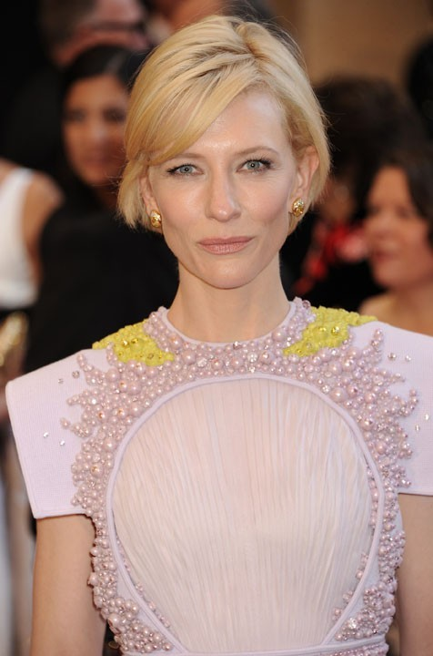 Cate Blanchett rapporte 15.17 dollars