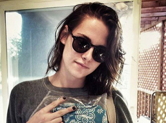 Photos : Kristen Stewart arrive sur Instagram avec son chien et sa girlfriend !