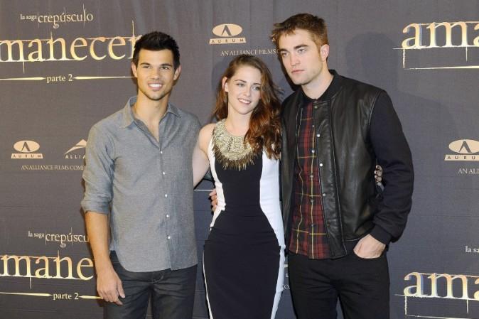 Taylor Lautner, Kristen Stewart et Robert Pattinson en promo à Madrid, le 15 novembre 2012.