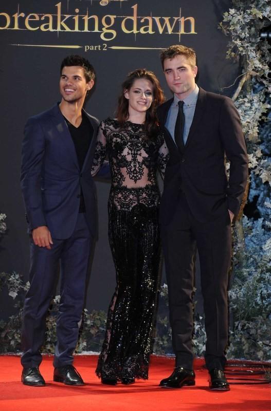 Taylor Lautner, Kristen Stewart et Robert Pattinson le 14 novembre 2012 à Londres