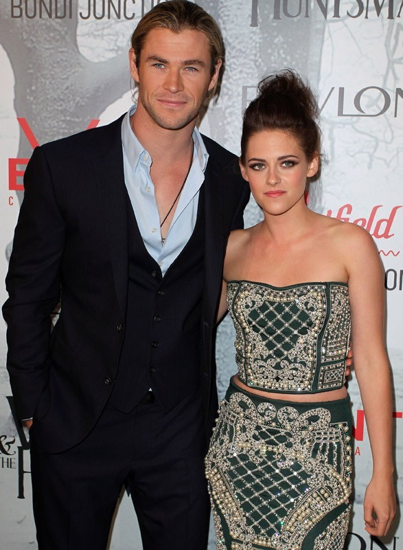 Kristen Stewart et Chris Hemsworth à l'avant-première de Blanche-Neige
