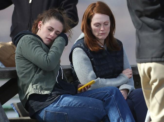 Kristen Stewart : séquences émotion avec Julianne Moore sur le tournage de son nouveau film !