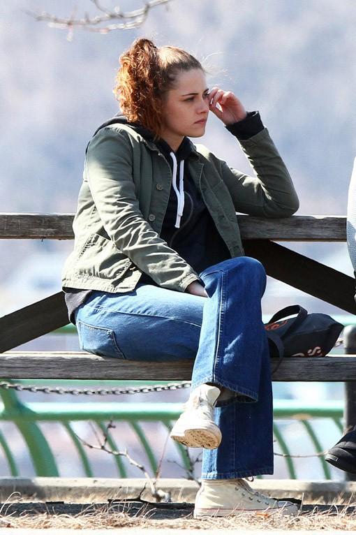 """Kristen Stewart sur le tournage de """"Still Alice"""" à New-York le 14 mars 2014"""