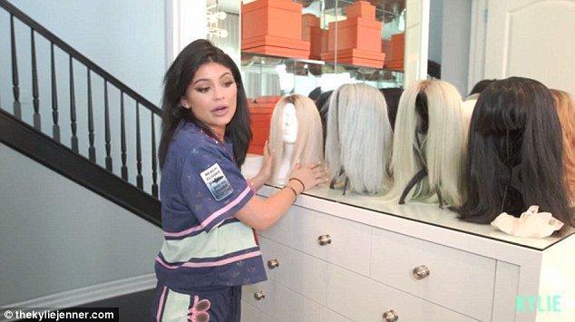 Kylie Jenner et sa collection de perruques