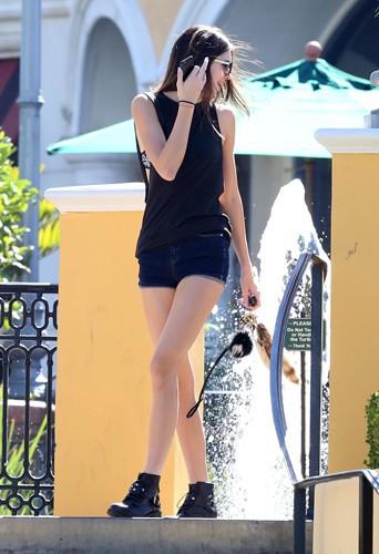 Kendall Jenner à Calabasas le 7 octobre 2013
