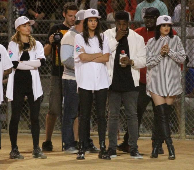 Photos : Kylie et Kendall Jenner : recrutées par Chris Brown pour la bonne cause !