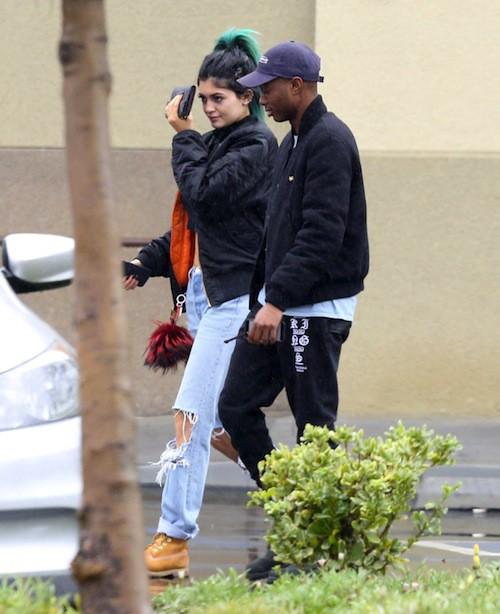 Photos : Kylie Jenner : de plus en plus grunge, elle s'affiche avec un nouveau prétendant !