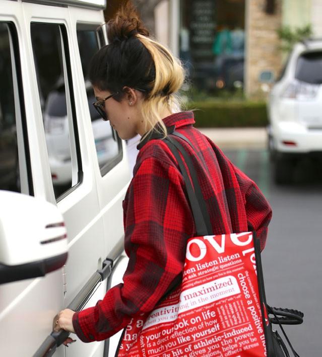 Kylie Jenner à Calabasas le 20 janvier 2014