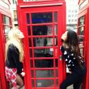 Arrivée à Londres avec Hailey Baldwin le 1er mars