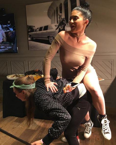 Kylie Jenner et Cara Delevingne