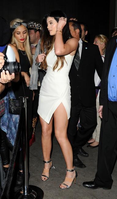 Kylie Jenner lors de l'inauguration de la boutique Sugar Factory à Hollywood, le 13 novembre 2013.