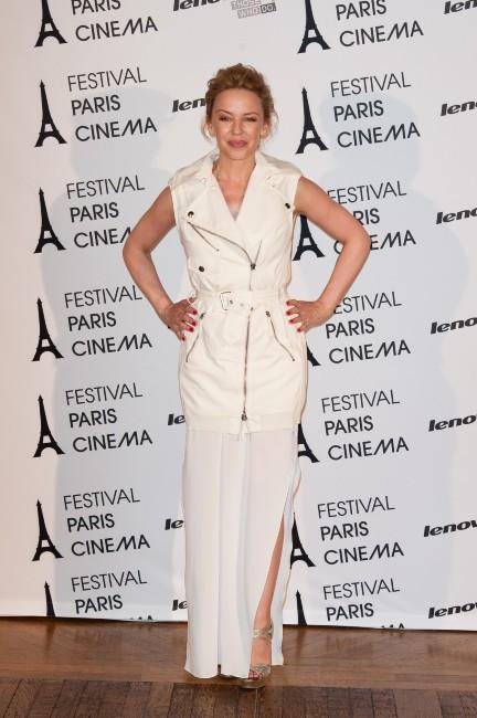 Kylie Minogue à la Mairie de Paris, le 28 juin 2012.