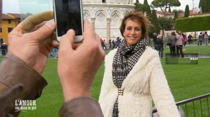 Séance photo devant la tour de Pise pour Bernard et Michèle !