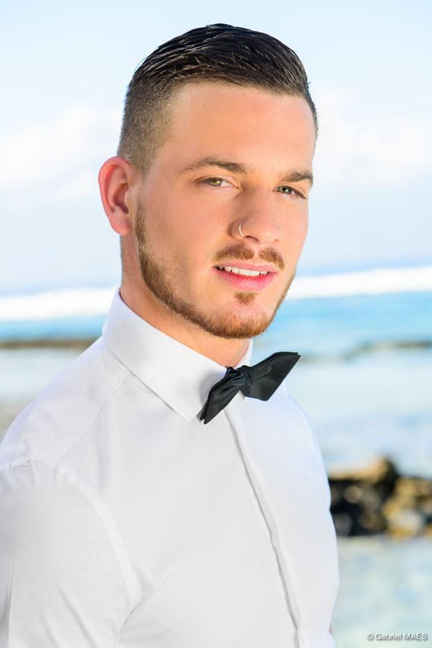 Raphaël, 21ans, sosie de M Pokora