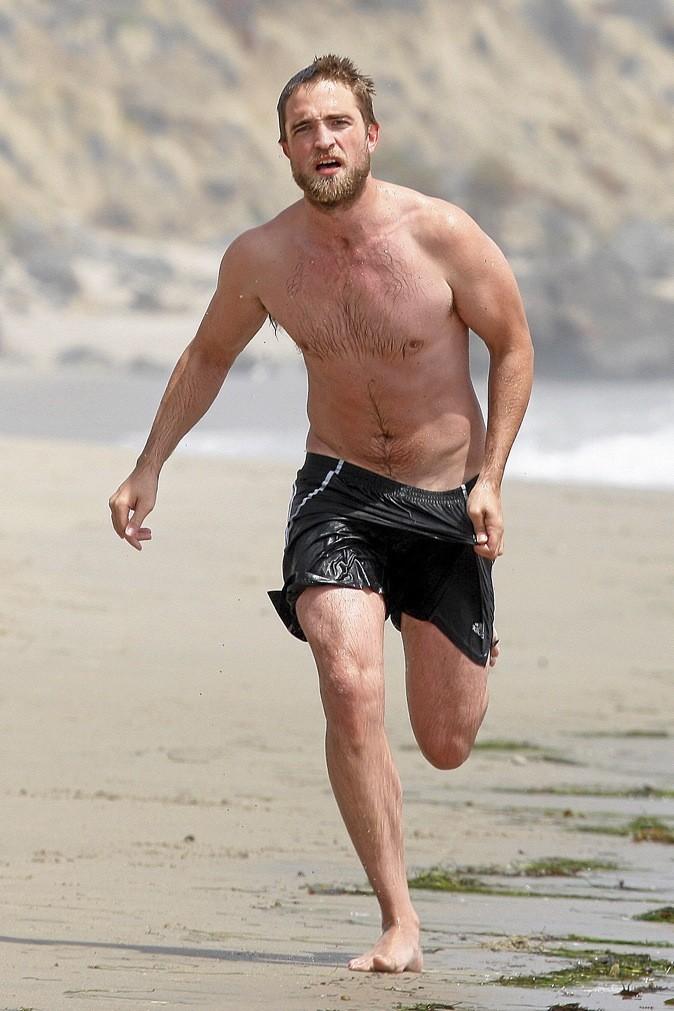 Robert Pattinson après : évaporé le vampire maigrelet !