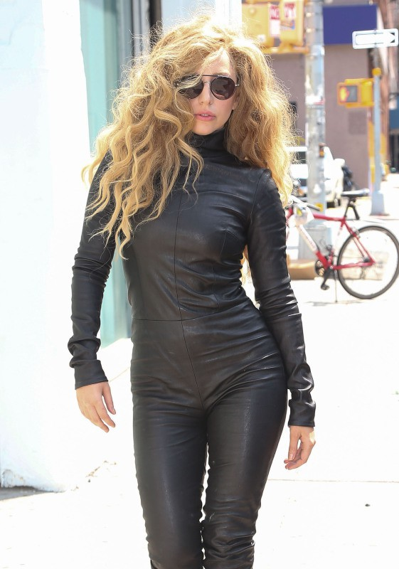 Lady Gaga dans les rues de New York, le 20 août 2013.