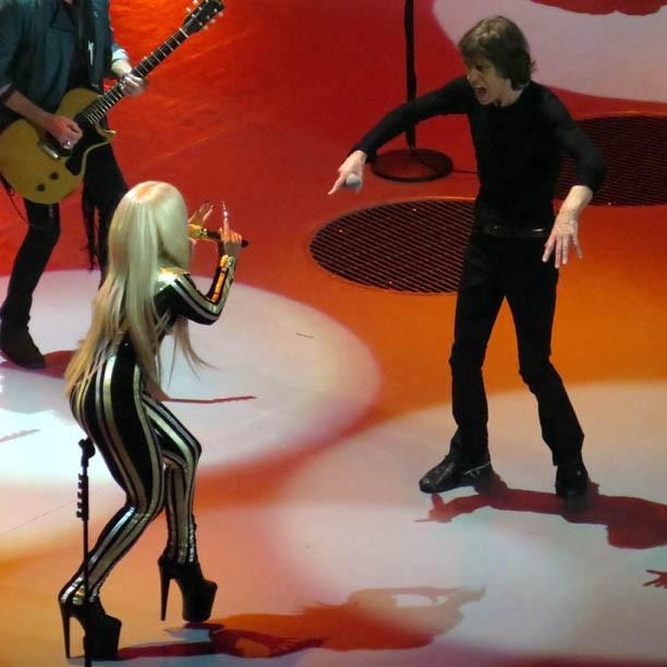 Lady Gaga en concert au Prudential Center de Newark à New-York avec les Rolling Stones le 15 décembre 2012