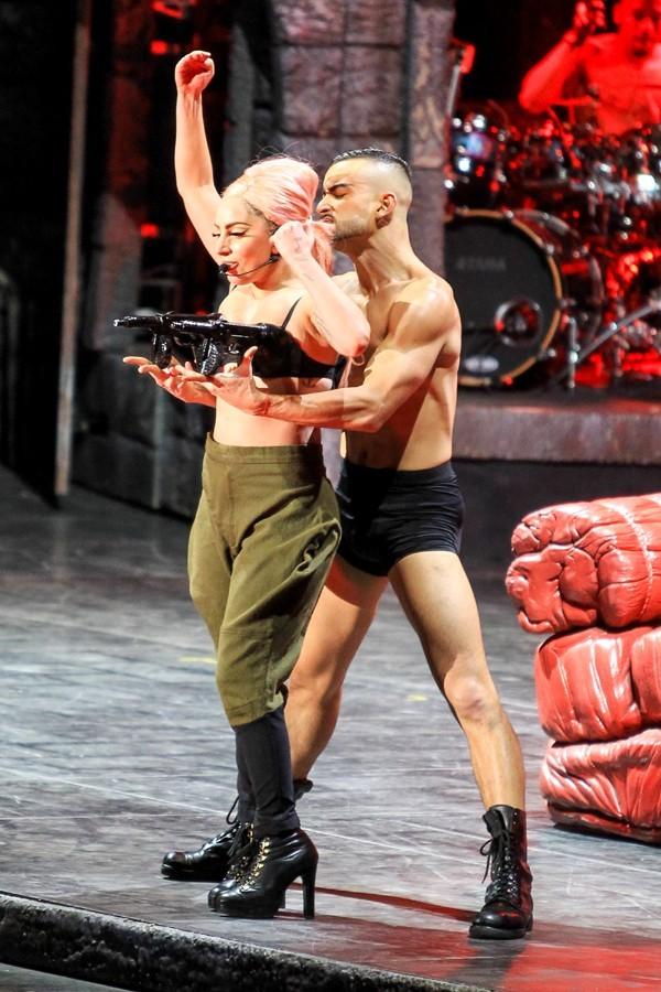 Lady Gaga en concert à vancouver le 11 janvier 2013