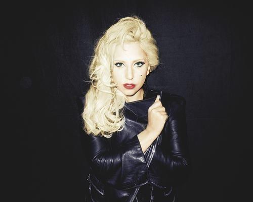 Lady Gaga shootée par Terry Richardson !