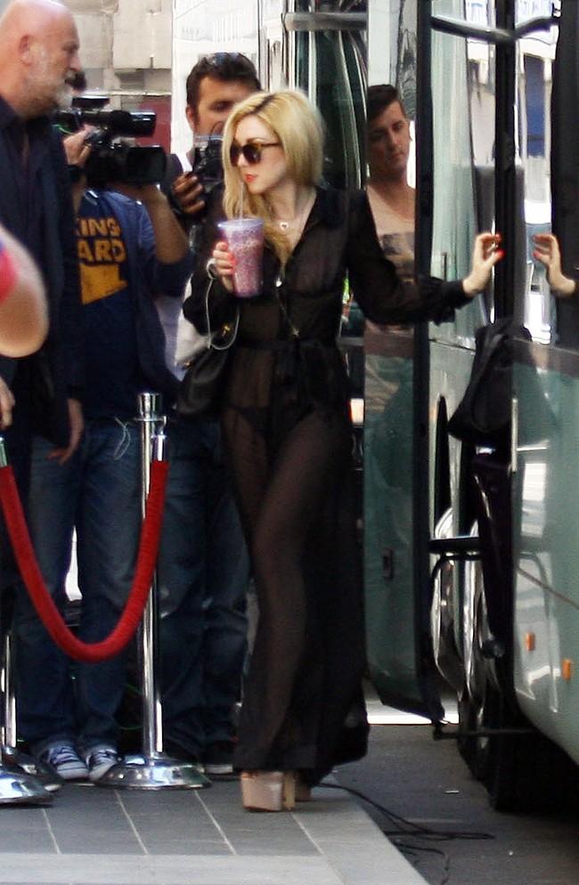 Lady Gaga le 15 août 2012 à Bucarest