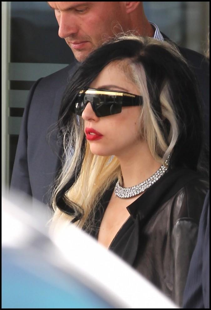 Lady Gaga à l'aéroport du Bourget à Paris, le 10 mai 2011.