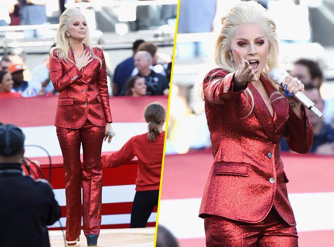 Lady Gaga fait l'unanimité en chantant l'hymne américain au Super Bowl !