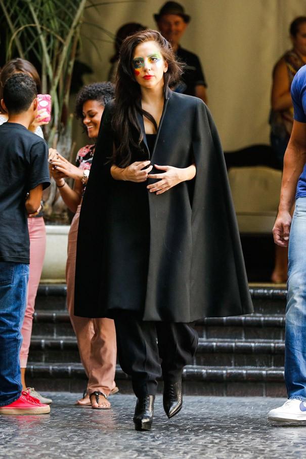 Lady Gaga à la sortie du Château Marmont de Los Angeles le 14 août 2013