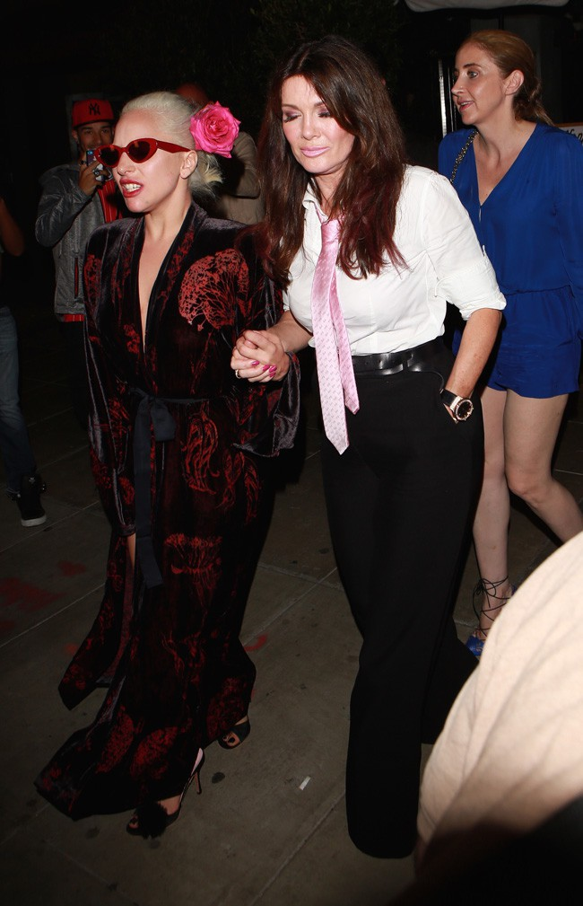 Lady Gaga et Lisa Vanderpump à Los Angeles le 12 août 2015