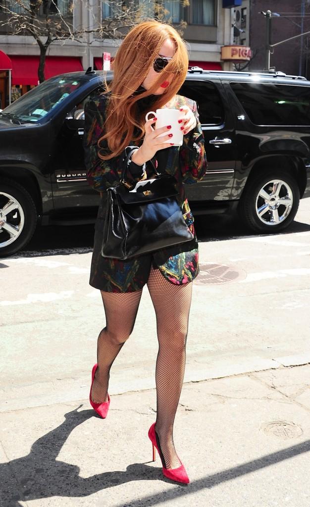 Photos : Lady Gaga : sexy et légèrement habillée après avoir fait le show avec David Letterman !