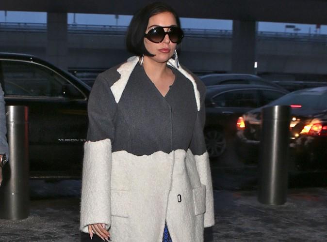 Lady Gaga : son joli caillou, elle le montre une fois et c'est tout ?