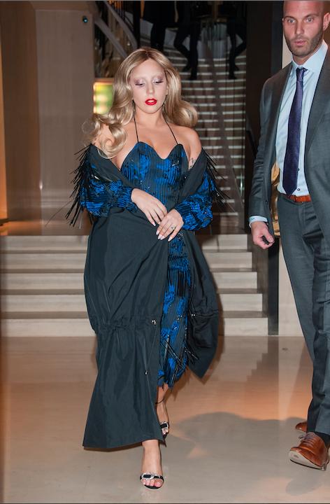 Photos : Lady Gaga : teint livide et sourcils platines, le faux pas n'est jamais très loin !