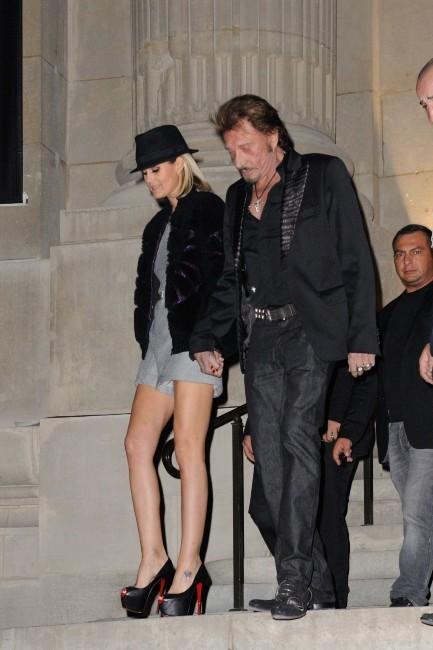 Laeticia et Johnny Hallyday lors de la soirée Chanel à Paris, le 8 novembre 2012.