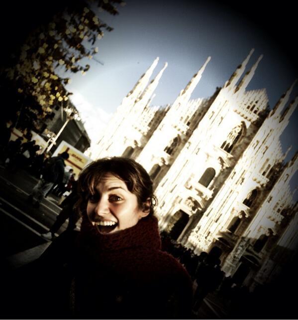 Photos : Laetitia Milot : à Milan, elle s'affiche heureuse, radieuse et amoureuse avec son mari Badri !