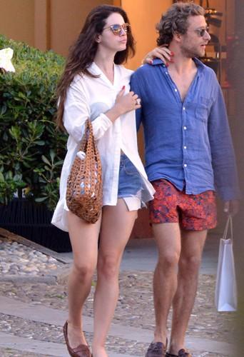 Lana Del Rey et Francesco Carrozzini à Portofino le 30 juin 2014