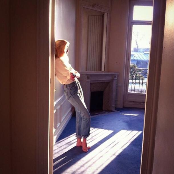 Lara Stone dans les coulisses du shooting photos