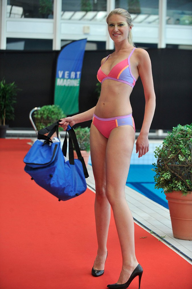 Laure Manaudou présente sa nouvelle collection de maillots de bain à Boulogne-Billancourt le 2 juillet 2014